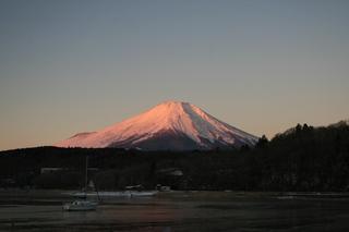 12月31日早朝の湖畔から2.jpg