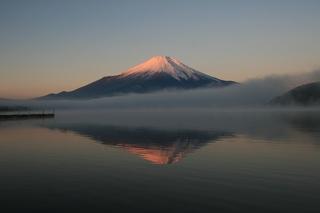 12月3日早朝の湖畔から1.jpg