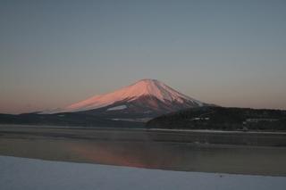 1月22日早朝の湖畔から.jpg