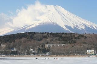 2月11日ワカサギ船1.jpg