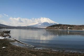 2月11日湖畔から.jpg