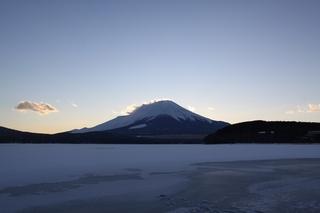 2月5日夕方の湖畔から.jpg
