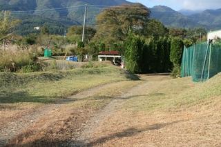 9月29日テニスコート草刈終了2.jpg