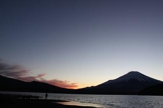 夕焼けと富士山.jpg